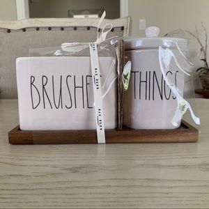 🆕 Rae Dunn Brushes And Things Bathroom Set